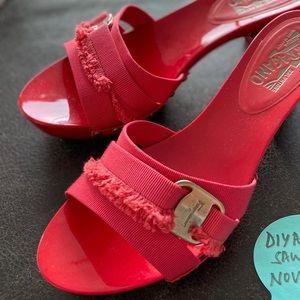 Salvatore Ferragamo coral color heels, size 39